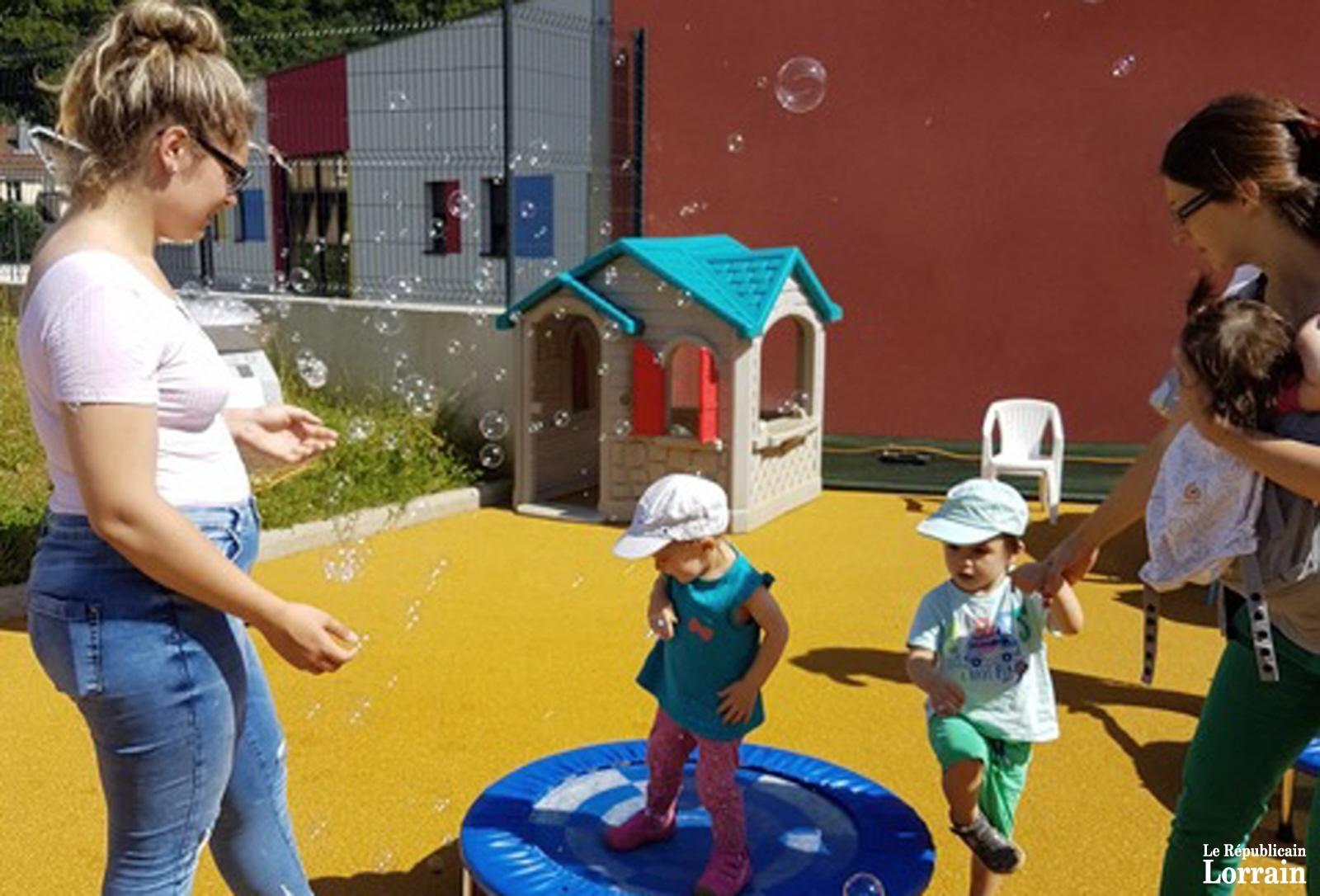 L'été et les parents fêtés à la crèche