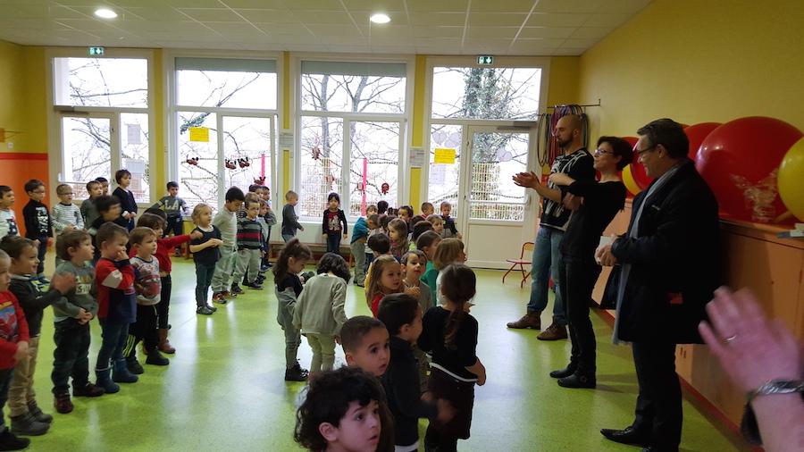 Visite du Maire à l'école maternelle des Chalets