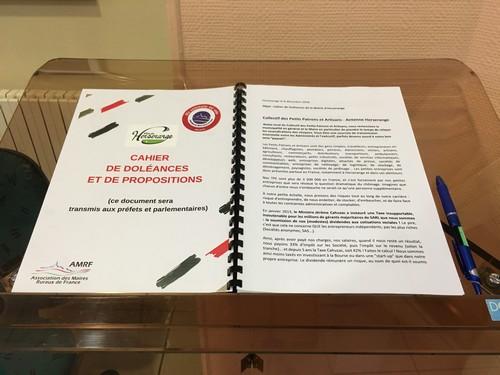 Ouverture d'un cahier de doléances et de propositions